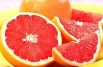 Диетолог предупредила об опасном «характере» грейпфрута