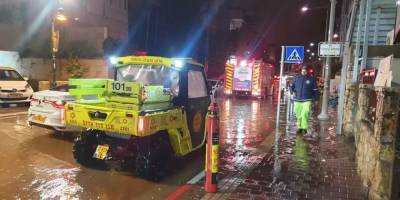 В Холоне рядом с жилыми домами взорвался автомобиль: один человек погиб (видео)