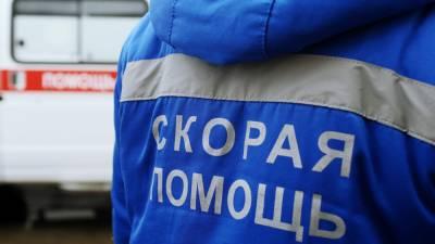 У железнодорожного вокзала Екатеринбурга застрелили агрессивного мужчину с ножом