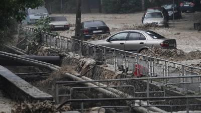 Число пропавших без вести после ливней в Ялте возросло до двух человек