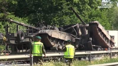 """Новости на """"России 24"""". В Польше сгорели два возвращавшихся с учений танка"""