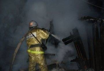В посёлке Раздолье горел двухквартирный дом. Погиб 32-летний мужчина