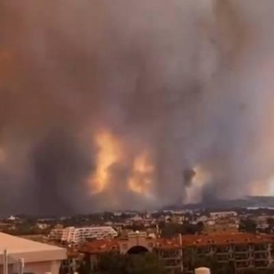 Один человек погиб в результате пожара в турецкой Анталье