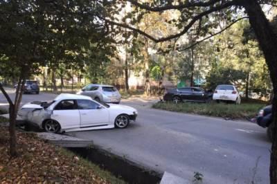В Хабаровске пьяный водитель без прав устроил тройное ДТП